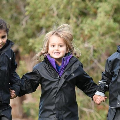 Ten Tips For Keeping Kids Warm This Winter